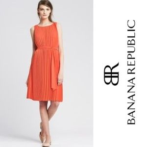 Banana Republic Orange Pleated Trapeze Dress - 8